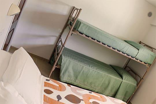 appartamenti-a-Misano-Adriatico-vicino-al-mare-letto-e-letto-a-castello